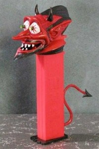 Some Of The Wackiest PEZ Dispensers (43 photos) 7