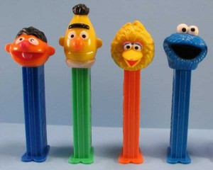 Some Of The Wackiest PEZ Dispensers (43 photos) 8