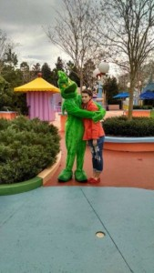 This Girl Isn't Thrilled With Disney World (25 photos) 14