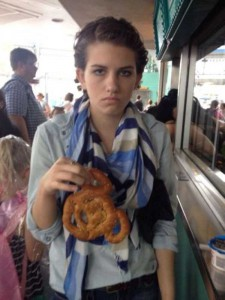 This Girl Isn't Thrilled With Disney World (25 photos) 2