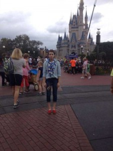This Girl Isn't Thrilled With Disney World (25 photos) 22