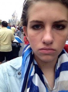 This Girl Isn't Thrilled With Disney World (25 photos) 23
