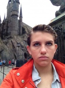 This Girl Isn't Thrilled With Disney World (25 photos) 7