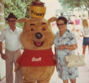 Disneyland Used to be Kinda Creepy (23 photos) 11