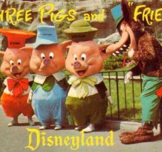 Disneyland Used to be Kinda Creepy (23 photos)