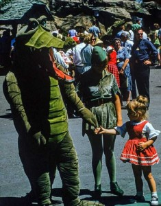 Disneyland Used to be Kinda Creepy (23 photos) 3