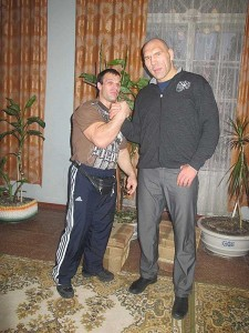Meet the Real-Life Hulk from Ukraine (13 photos) 2