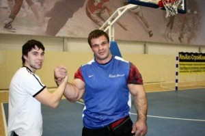 Meet the Real-Life Hulk from Ukraine (13 photos) 5