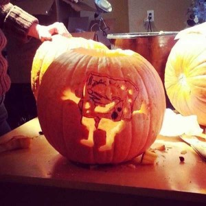 Horrible Halloween Pumpkin Carving Fails (26 photos) 1