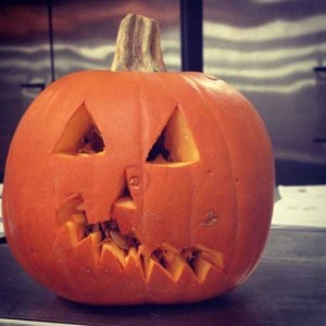 Horrible Halloween Pumpkin Carving Fails (26 photos) 16