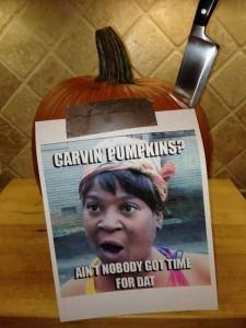 Horrible Halloween Pumpkin Carving Fails (26 photos) 23
