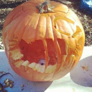 Horrible Halloween Pumpkin Carving Fails (26 photos) 5