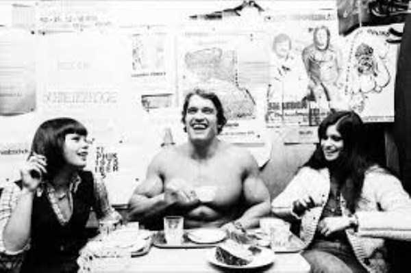 arnold-schwarzenegger-when-he-was-young (4)