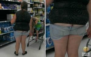 Walmart Customers Proudly Show Off Their Buttcracks (41 photos) 13