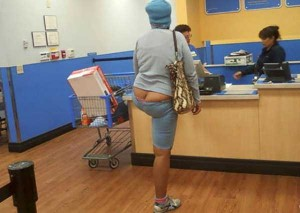 Walmart Customers Proudly Show Off Their Buttcracks (41 photos) 8