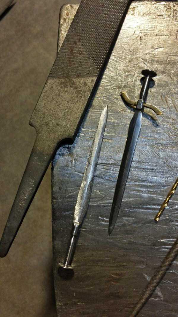 mini-nail-swords (36)
