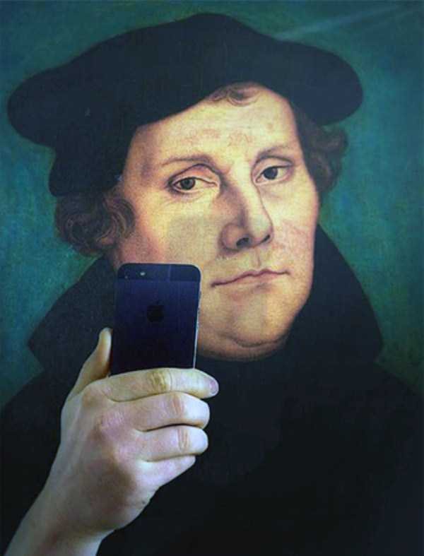old-paintings-taking-selfies (12)