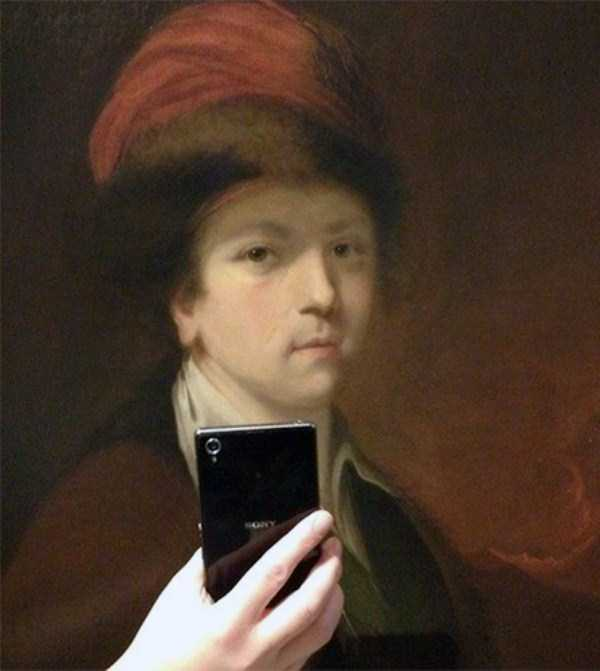 old-paintings-taking-selfies (13)