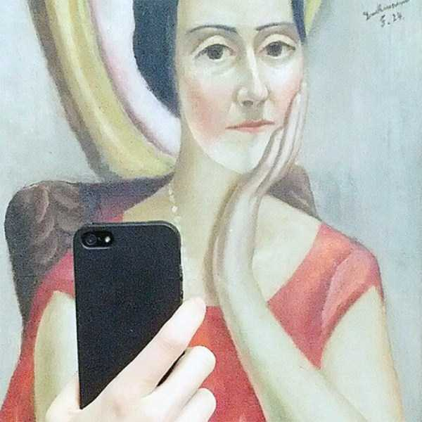 old-paintings-taking-selfies (23)