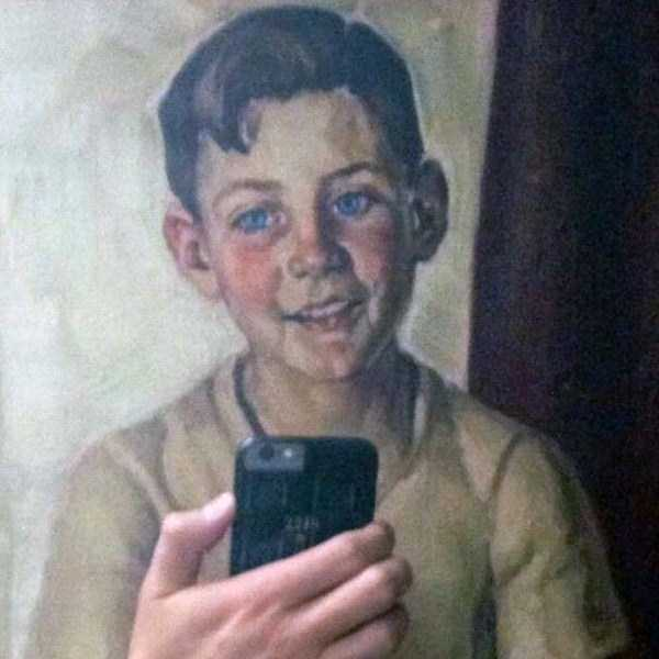 old-paintings-taking-selfies (26)