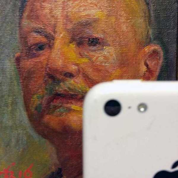 old-paintings-taking-selfies (28)