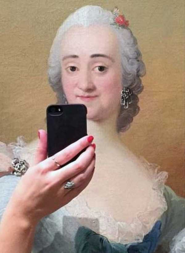 old-paintings-taking-selfies (3)