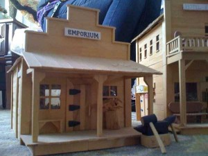 An Old West Town Made Entirely Out of Popsicle Sticks (28 photos) 2