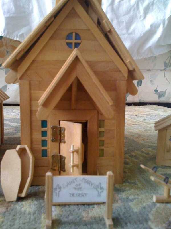 old-wester-town-made-of-popsicle-sticks (6)