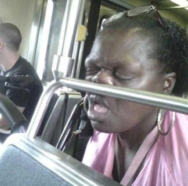 people-can-sleep-everywhere (15)