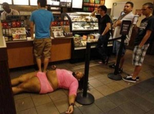 24 WTF Things Spotted at Starbucks (24 photos) 20