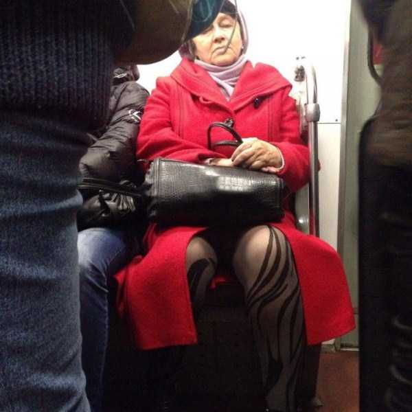 weird-subway-fashion (12)