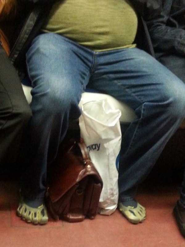 weird-subway-fashion (7)