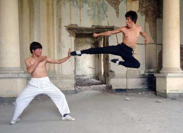 Abbas-Alizada-Afghan-Bruce-Lee (10)