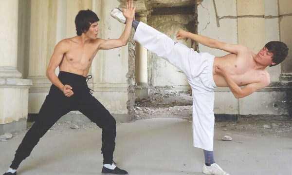 Abbas-Alizada-Afghan-Bruce-Lee (19)