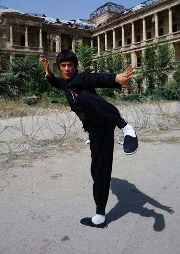 Abbas-Alizada-Afghan-Bruce-Lee (28)
