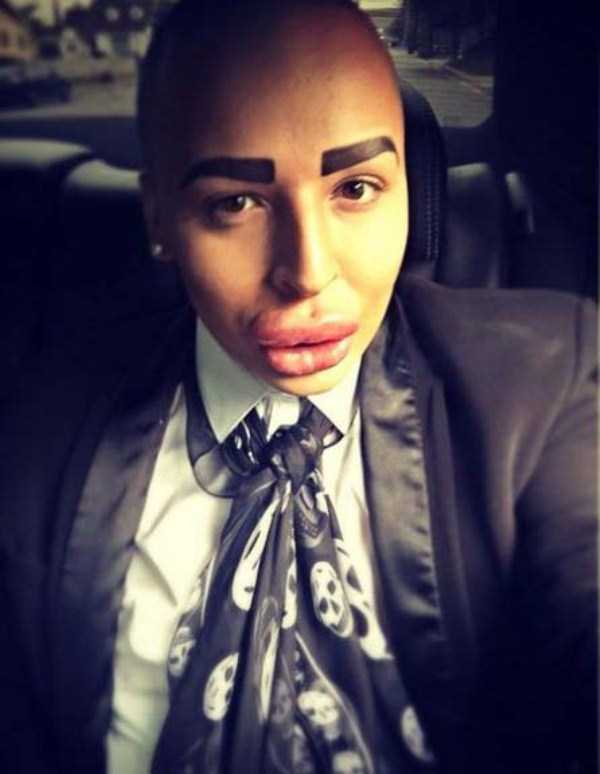 Jordan-James-Parke-look-like-kim-kardashian (2)