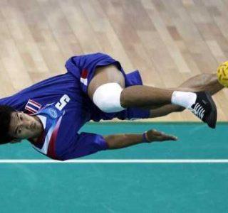 Sepaktakraw: Weird Yet Cool Sport From Asia (27 photos)