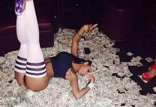 Strippers Who Made Some Serious Cash (35 photos) 36