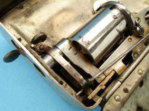 frankenau-purse-gun (5)