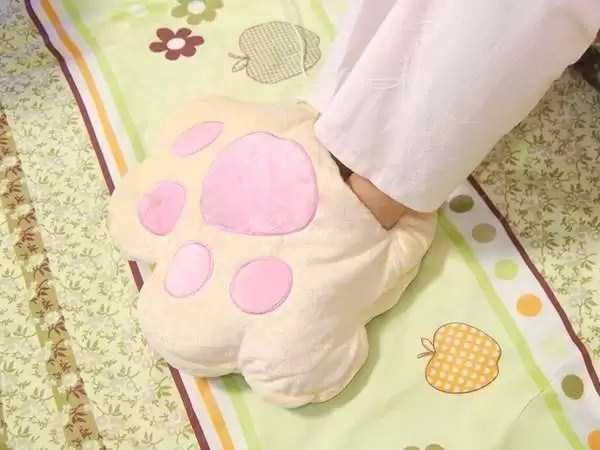 funny-designed-slippers (11)