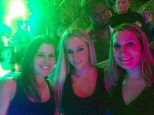 Funny Photobombs Are Always Welcome (27 photos) 18