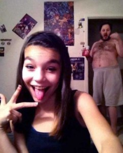 Funny Photobombs Are Always Welcome (27 photos) 3