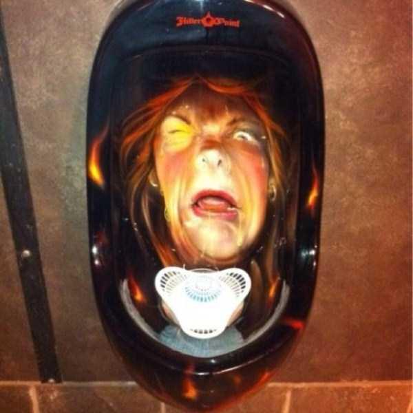 funny-urinals (45)