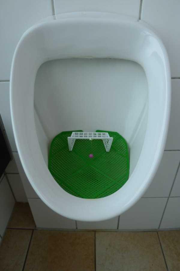 funny-urinals (9)