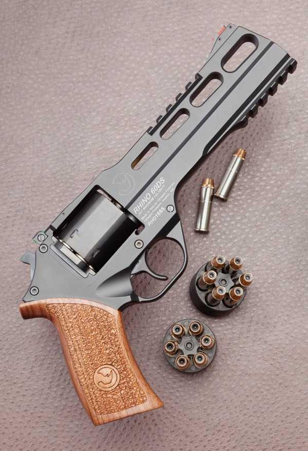 handguns-and-revolvers (18)