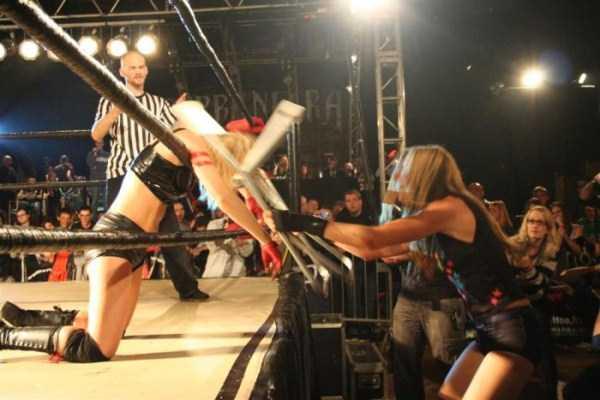 hardcore-wrestling-in-hungary (4)