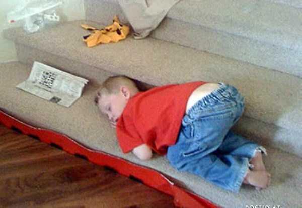 kids-can-sleep-anywhere (18)