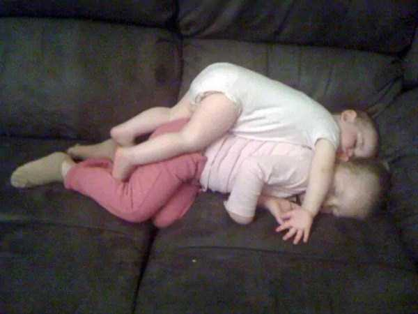 kids-can-sleep-anywhere (56)