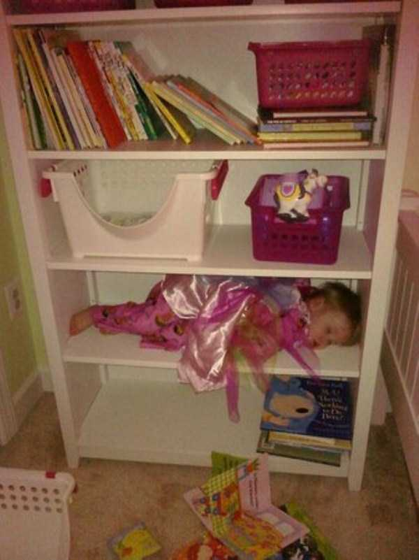 kids-can-sleep-anywhere (61)