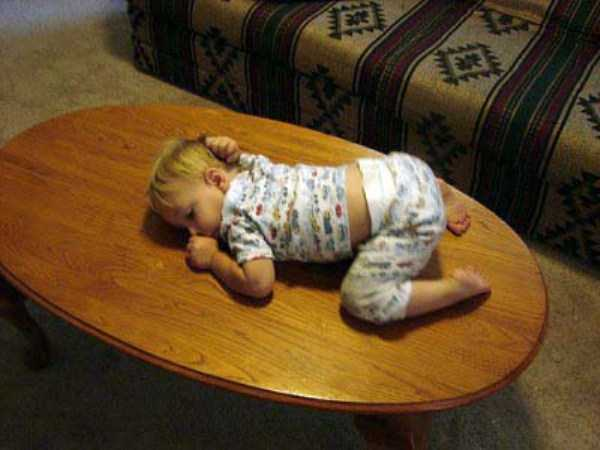 kids-can-sleep-anywhere (7)